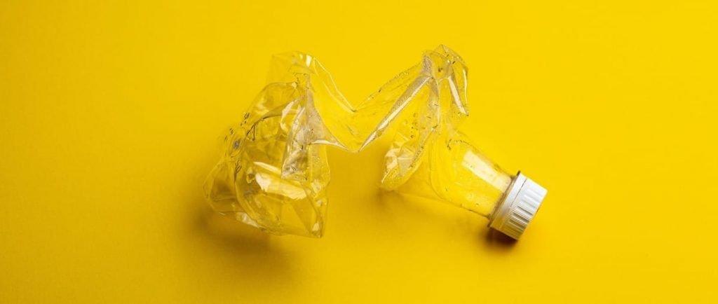 Envase de PET listo para ser reciclado