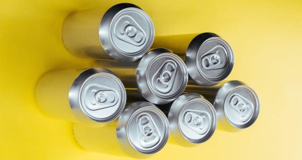 Latas recicladas de aluminio