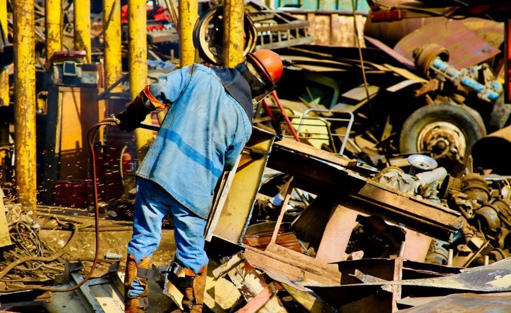 Manejo de metales para reciclaje en México